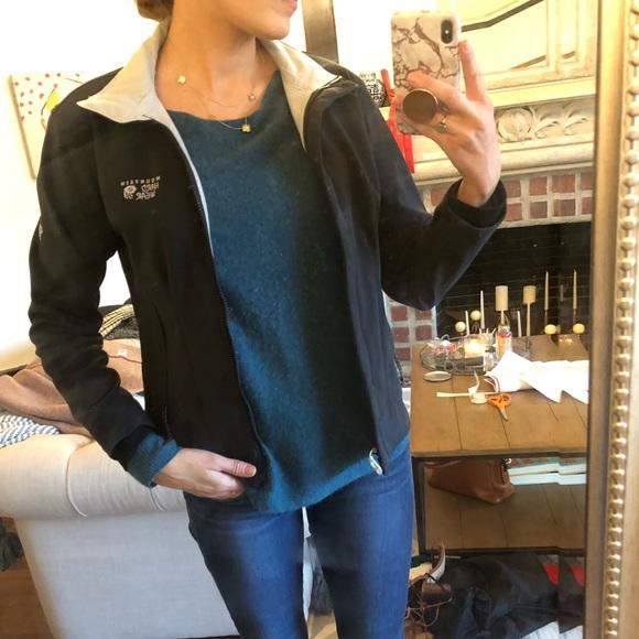 Mountain Hardwear Jackets & Blazers - Mountain Hardware jacket size small black
